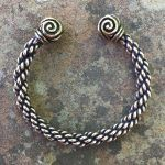 Medium Braid Triskele Bracelet Image